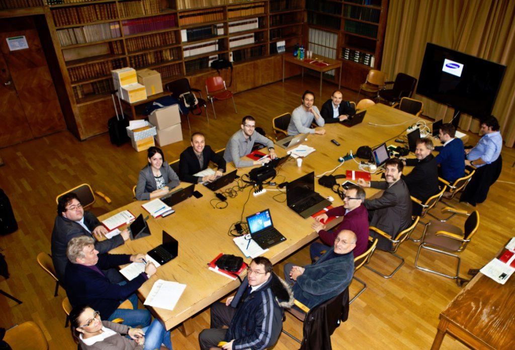 Generalversammlung beim ersten Jahrestreffen im SPARTACUS Projekt an der Universität in Bologna.